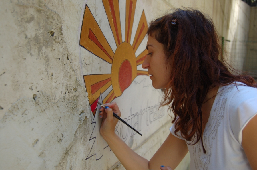 Umjetnica Jasmina Jogić oslikala je zid u čast festivalu