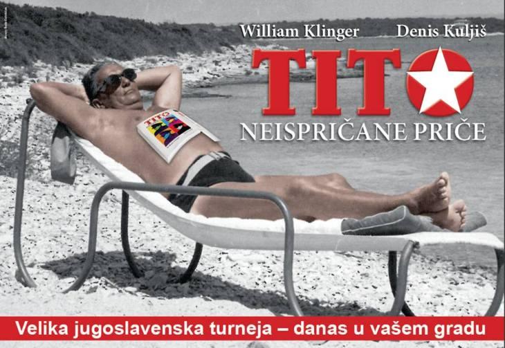 Drug Tito snimljen je ovoga ljeta na plažama Jadrana kako uživa u novoj knjizi o sebi