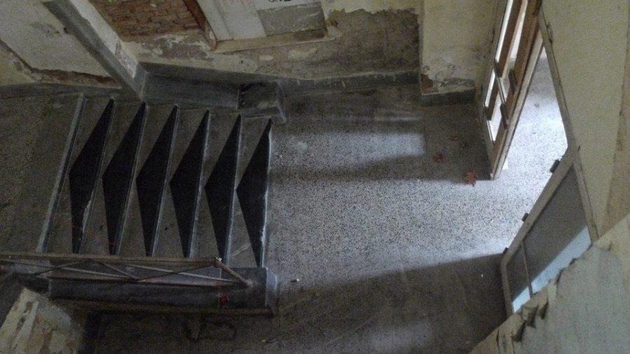 Dunja Janković, intervencija na stepenicama u bivšoj vojnoj bolnici, Vlaška 87, Zagreb. MUU